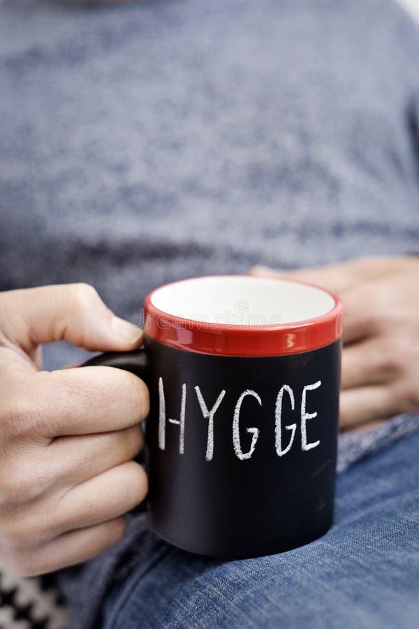 Hygge, датское слово для комфорта или наслаждается стоковые изображения rf