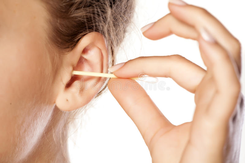 Hygiène d'oreilles photo stock