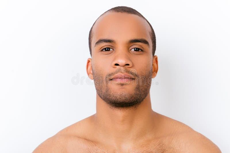 Hygiène, vitalité, beauté, concept de la vie d'hommes Fermez-vous vers le haut du portrait o photo stock