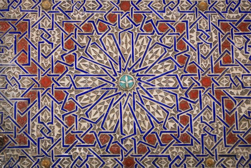 Hypnotisierenmarokkanische/arabische Designe im Lehm stockbilder