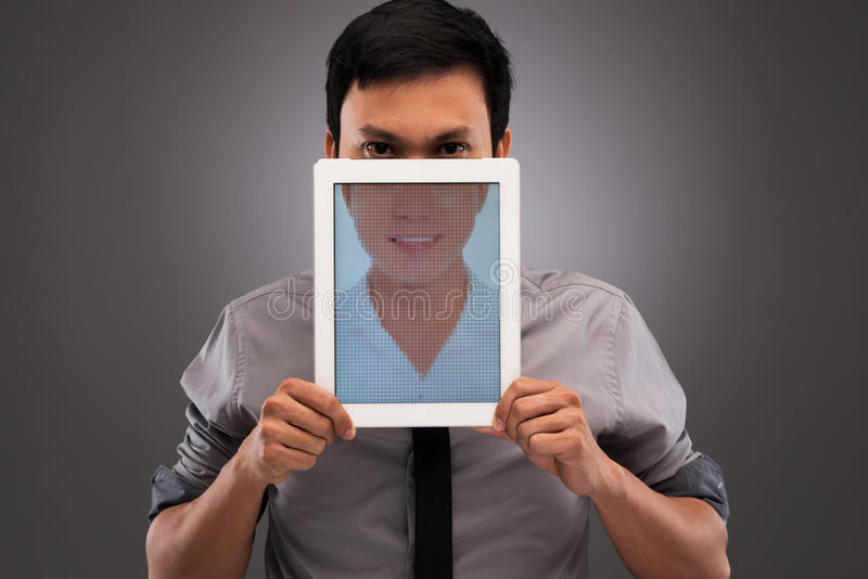 Hypokrisie im Internet lizenzfreie stockfotografie