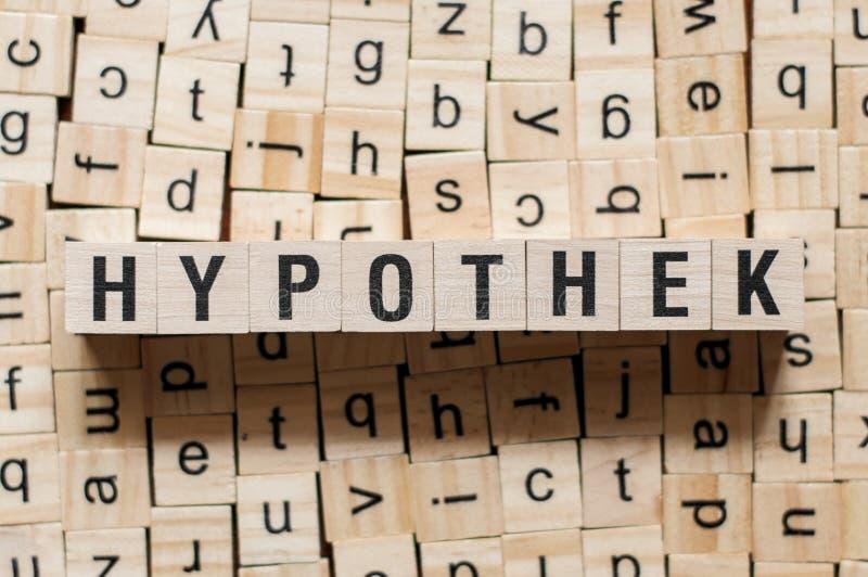 hypothek - слово ипотека на германском языке,понятие слова стоковое изображение