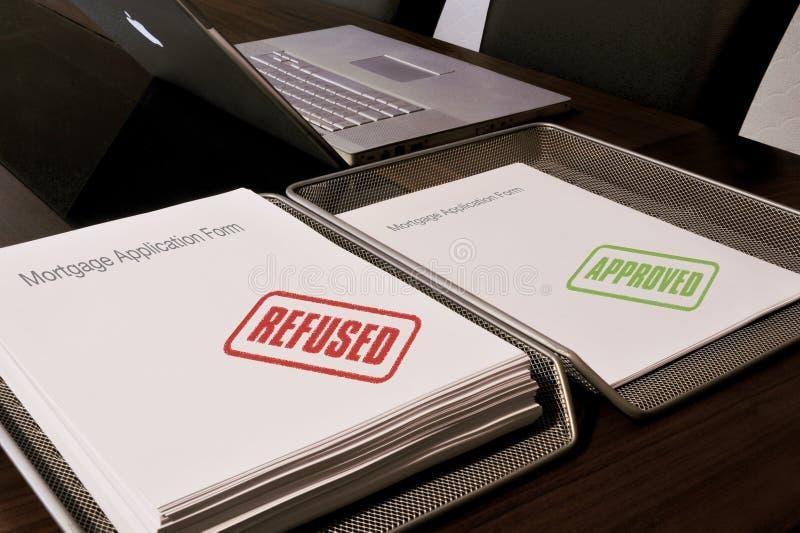 Hypothek abgelehnt oder genehmigt lizenzfreie stockfotos