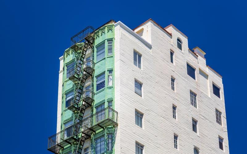 Hyreshusar nära Lombard Street, San Francisco, Kalifornien, USA, Nordamerika royaltyfria bilder