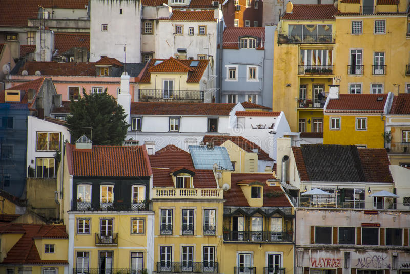 Hyreshusar på den Rossio fyrkanten Lissabon arkivfoto