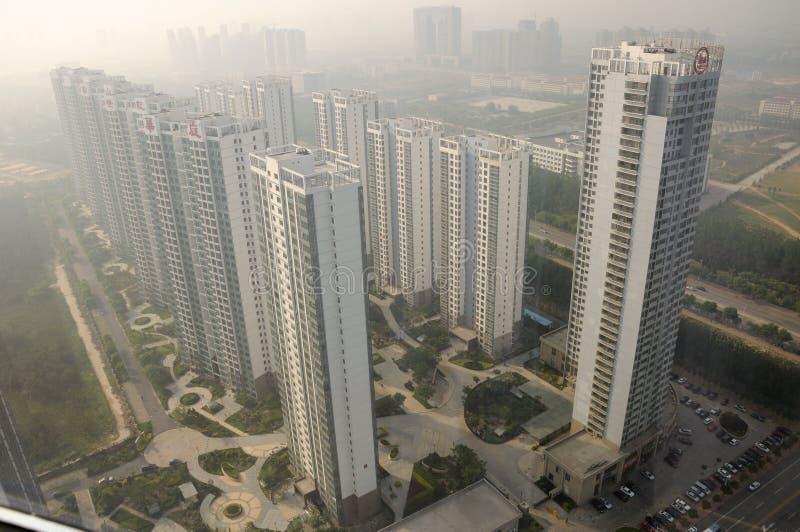 Hyreshuskomplex i Yantai Kina arkivbilder