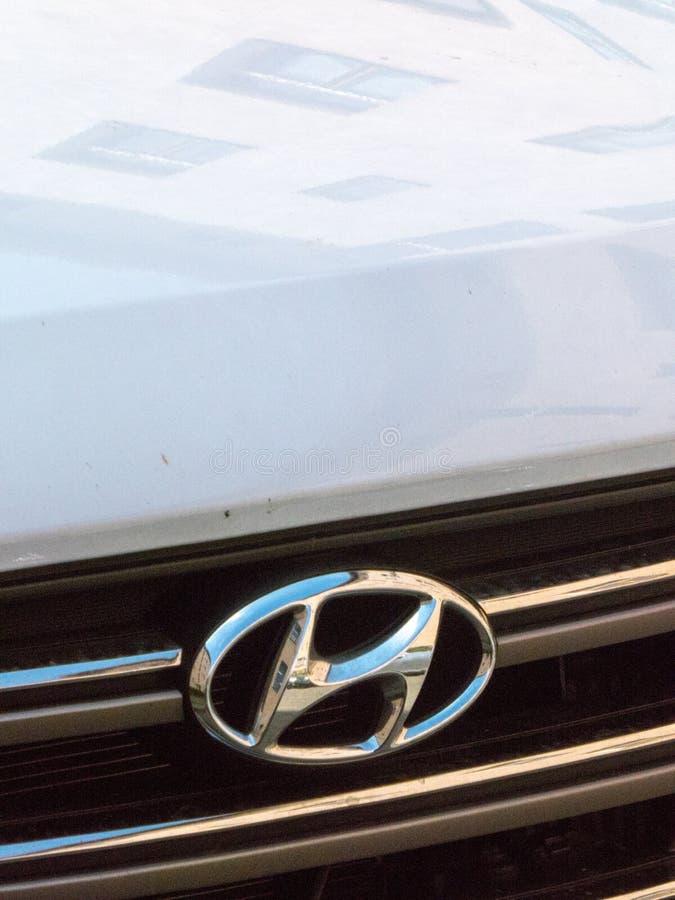Hyundai bil royaltyfria bilder