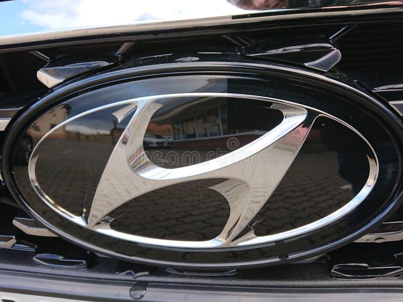 Hyundai bilsymbol arkivfoto
