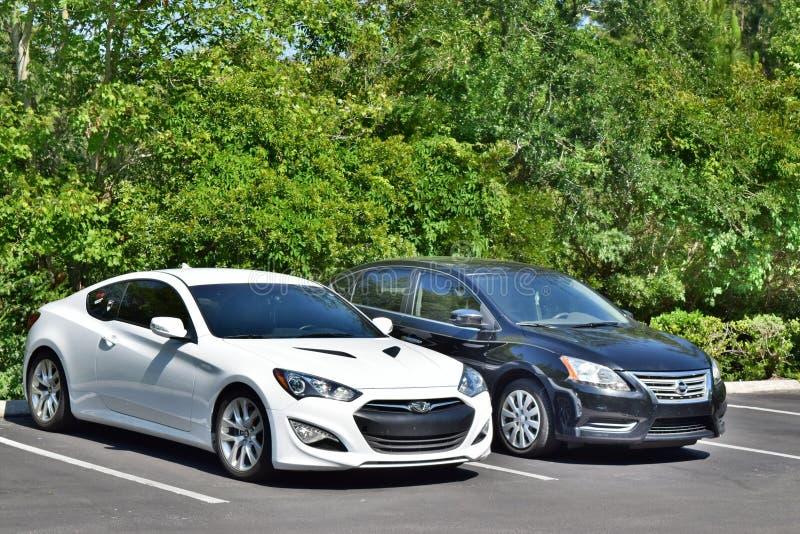Hyundai und Nissan lizenzfreie stockfotografie