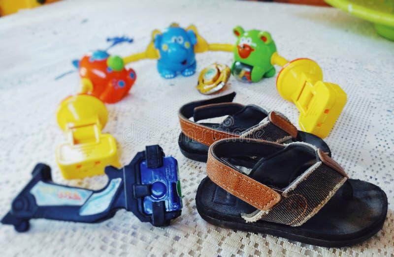I bambini dei giocattoli vivono fotografia stock libera da diritti