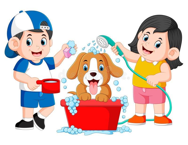 i bambini sono puliti il suo cane con il sapone ed acqua nel secchio illustrazione vettoriale