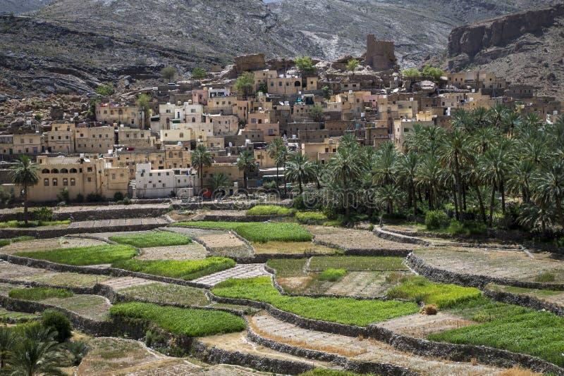 By i bergen av Oman royaltyfria foton