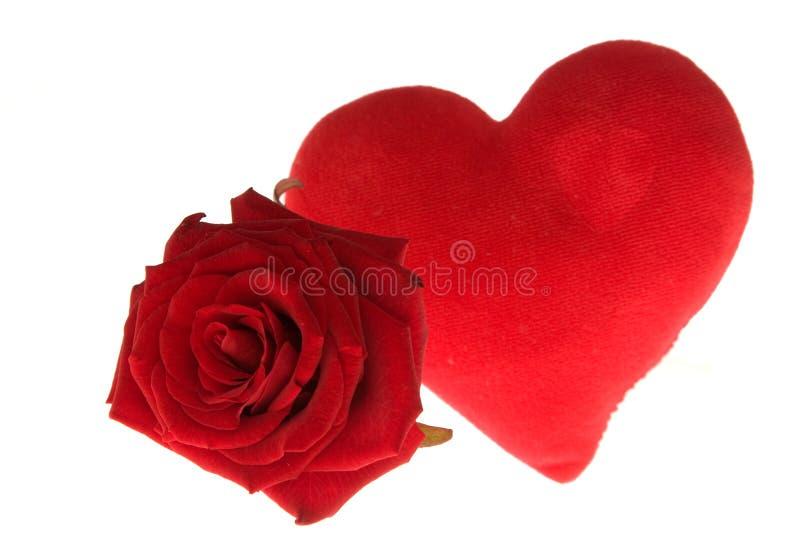 Download I Biglietti Di S. Valentino Sono Aumentato Immagine Stock - Immagine di isolato, celebri: 3877551