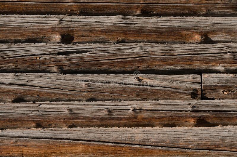 i bordi di legno approssimativi bruniscono, sistemato orizzontalmente parallelamente fotografia stock libera da diritti