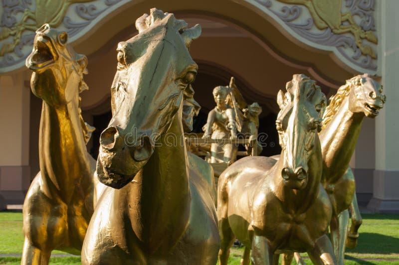 I cavalli dorati fotografie stock libere da diritti