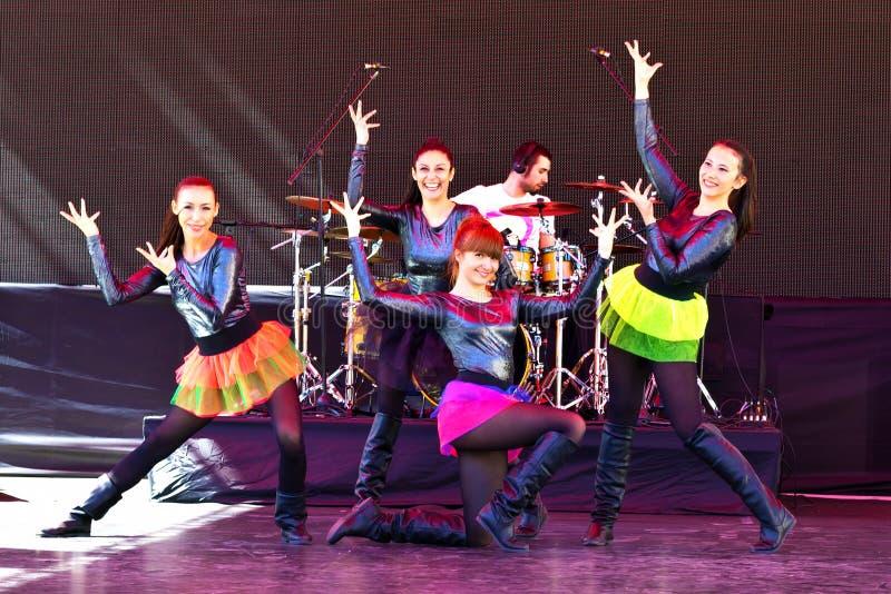 I danzatori accolgono fotografia stock libera da diritti