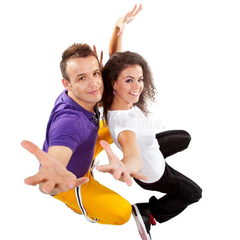 I danzatori coppia la posizione per la macchina fotografica fotografia stock