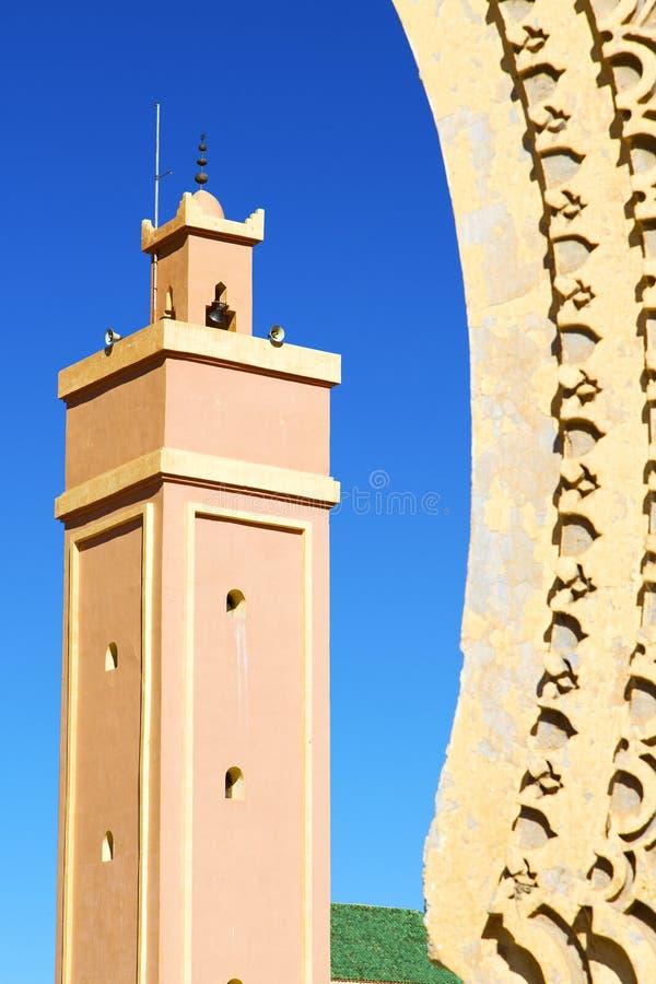 i den marocafrica minaret och arkivfoton