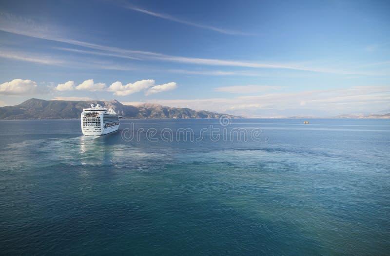 I det Ionian havet nära av Korfu Grekland royaltyfria bilder