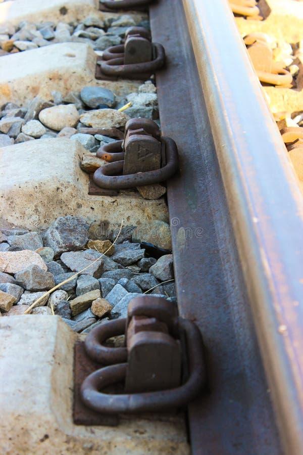 I fermi della ferrovia si chiudono su immagini stock libere da diritti