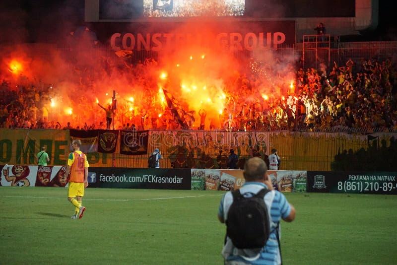 I fuochi d'artificio mostrano dopo una partita di calcio in krasnodar immagini stock libere da diritti