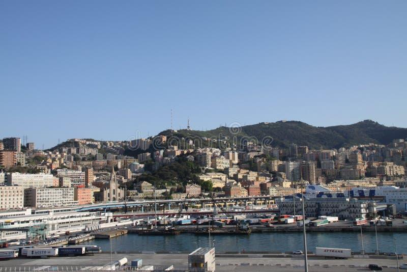 I gammal italiensk port royaltyfri foto