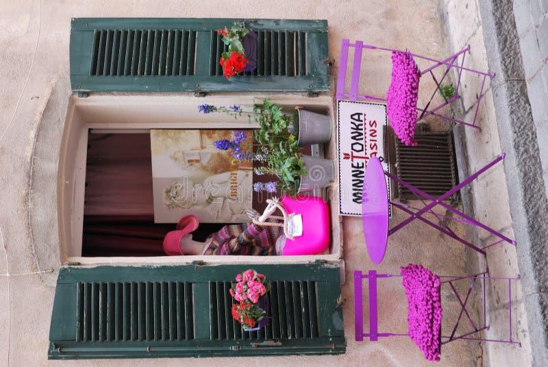 I gatorna av Saint Tropez arkivbild