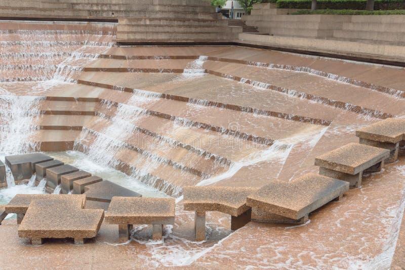 I giardini pubblici dell'acqua parcheggiano a Fort Worth, il Texas, U.S.A. immagini stock libere da diritti