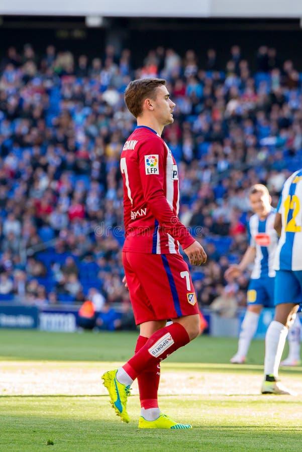 I giochi di Antoine Griezmann alla La Liga abbinano fra il RCD Espanyol e Atletico il de Madrid allo stadio di Powerade immagini stock