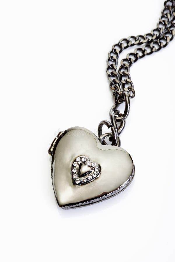 I gioielli di Bling, la collana, cuore hanno modellato il pendente immagini stock libere da diritti