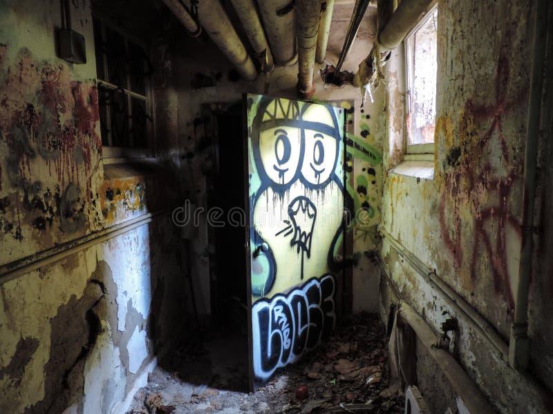 I graffiti dentro psicoanalizzano il centro immagine stock