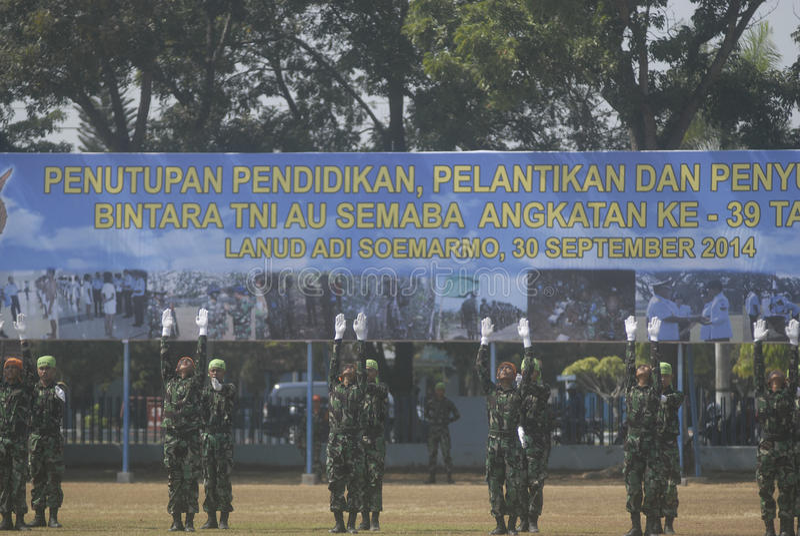 I MILITARI INDONESIANI RIFORMANO fotografie stock libere da diritti