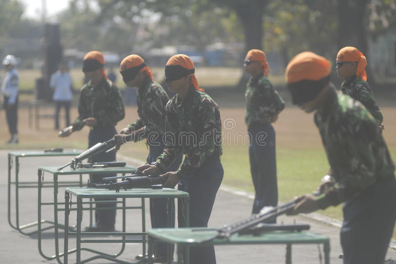 I MILITARI INDONESIANI RIFORMANO immagine stock
