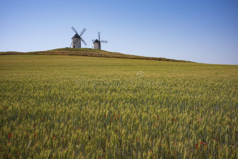 I mulini a vento di Tembleque, Spagna fotografie stock