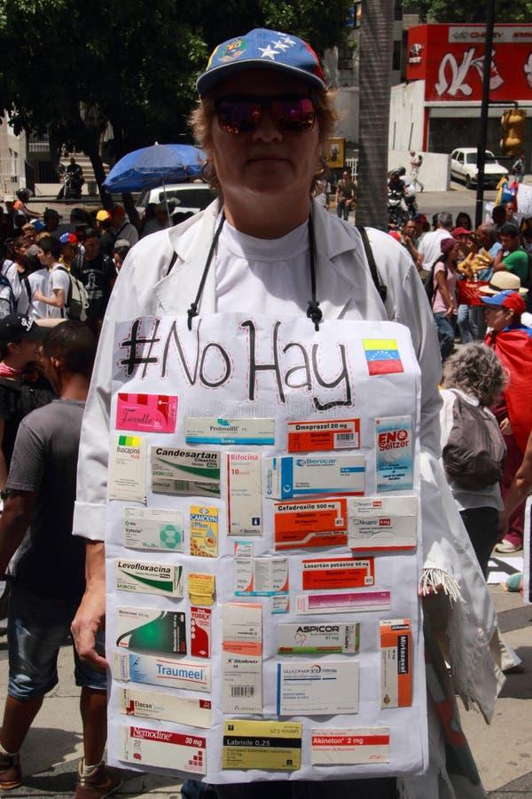 I pazienti protestano sopra la mancanza di medicina e di stipendi bassi a Caracas immagini stock libere da diritti