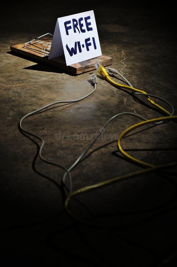 I pericoli di Wi-Fi libero fotografia stock libera da diritti