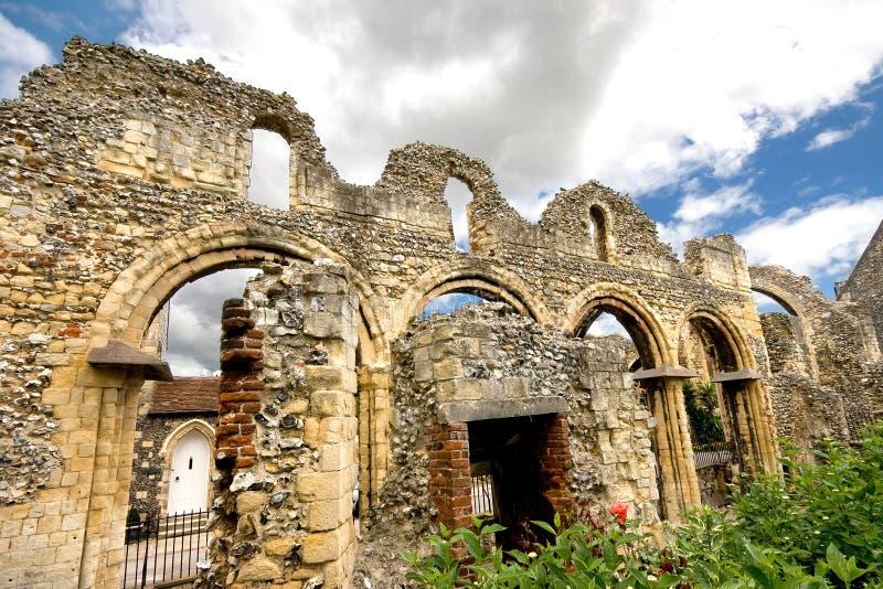 I riuns antichi si avvicinano alla cattedrale di Canterbury immagine stock libera da diritti