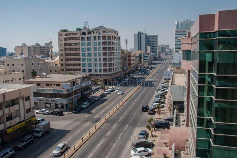 I stadens centrum Al Khobar, Pepsi väg, Saudiarabien royaltyfria bilder