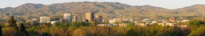 I stadens centrum centrum Boise Idaho för långt panorama- ljus för sen eftermiddag arkivfoton