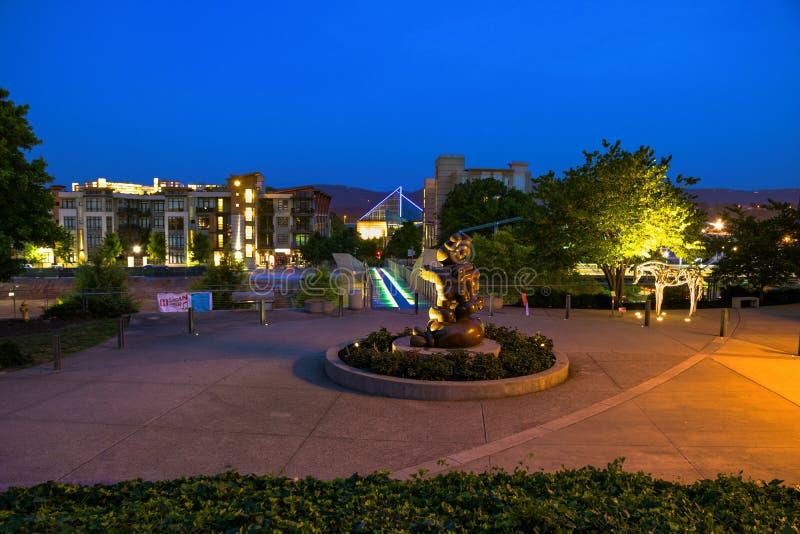 I stadens centrum Chattanooga, Tennessee, USA fotografering för bildbyråer