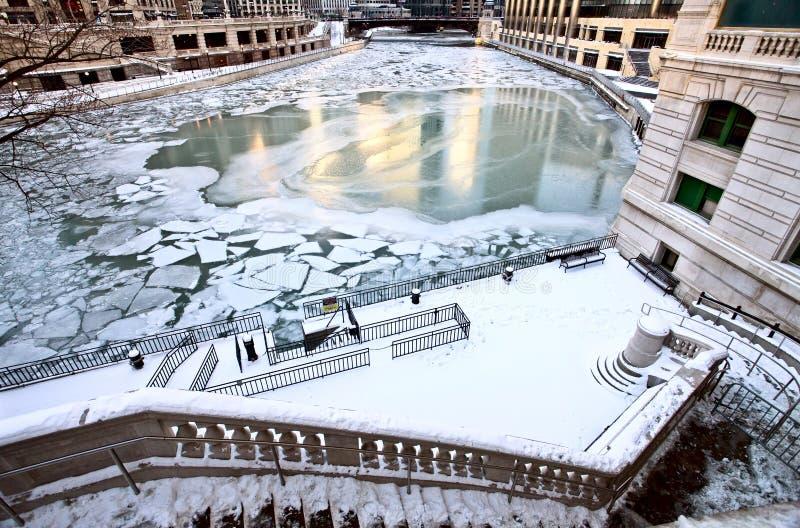 i stadens centrum chicago stad royaltyfria bilder