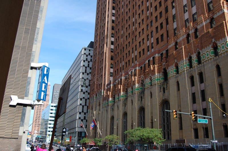 I stadens centrum Detroit Michigan USA gataplats royaltyfri fotografi
