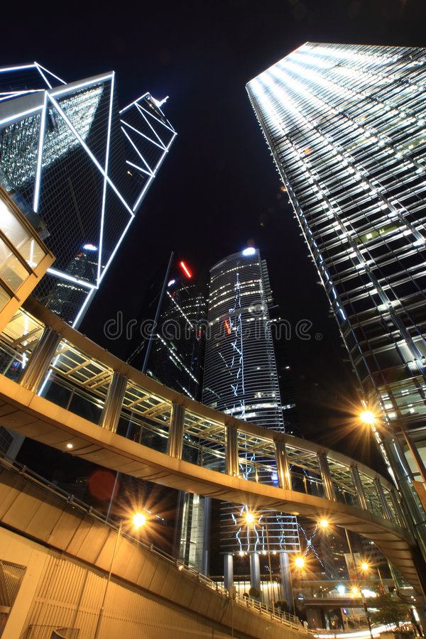 i stadens centrum Hong Kong natt royaltyfria bilder