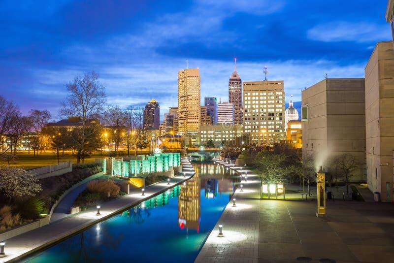 I stadens centrum Indianapolis horisont royaltyfri foto