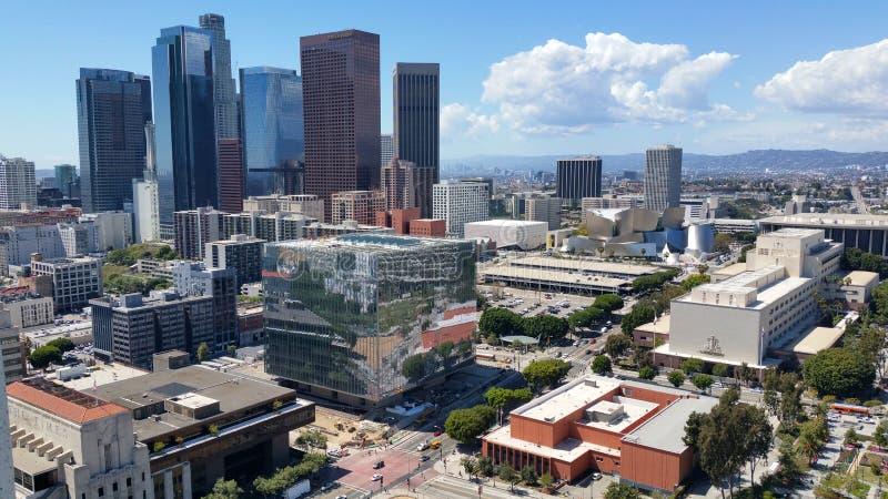 I stadens centrum Los Angeles horisont från stadshus arkivbilder