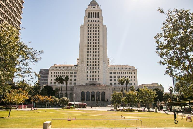 I stadens centrum Los Angeles stadshus fotografering för bildbyråer