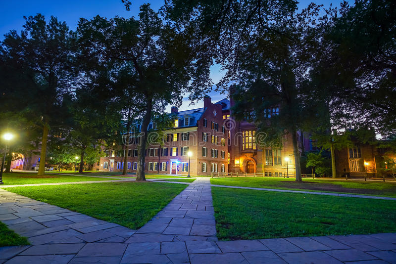 I stadens centrum New Haven och Yale University royaltyfri bild