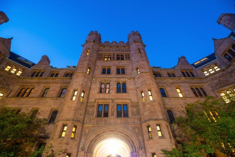 I stadens centrum New Haven och Yale University royaltyfri fotografi