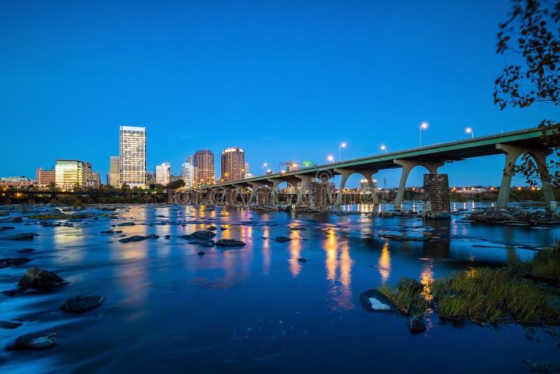 I stadens centrum Richmond, Virginia horisont arkivfoton