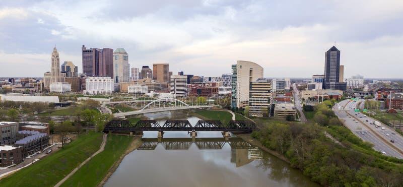 I stadens centrum stads- kärna Columbus Ohio för stormig eftermiddag royaltyfria bilder
